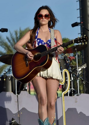 Kacey Musgraves 2015 Stagecoach California S Country Music Festival In Indio Gotceleb