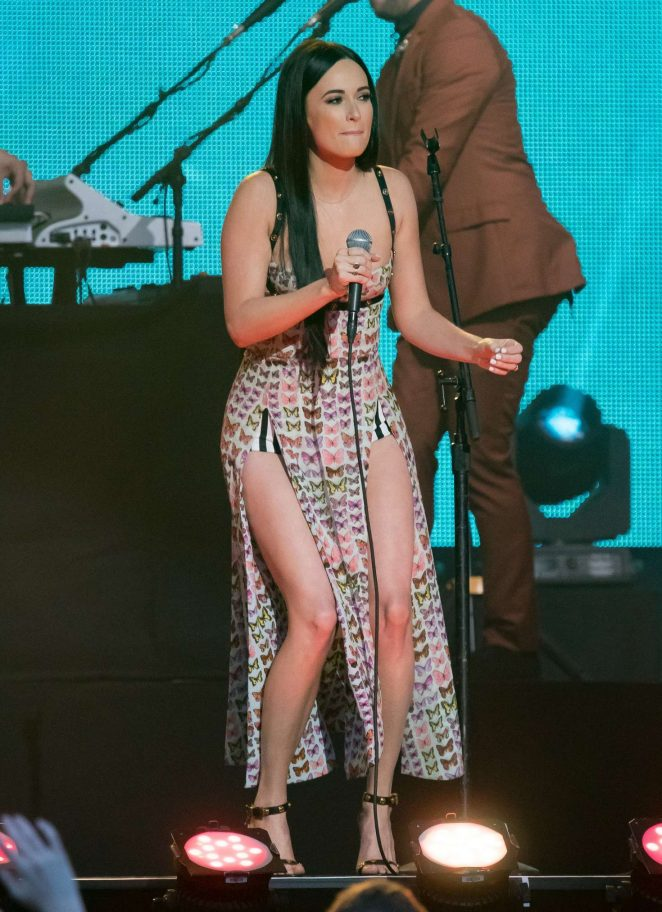 Kacey Musgraves - Performance at 'Jimmy Kimmel Live' in LA
