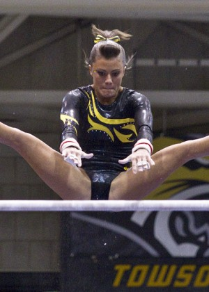 Kacy Catanzaro - first woman in American Ninja Finals