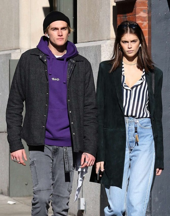 Kaia and Presley Gerber – Out in NYC
