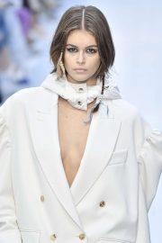 Kaia Gerber - 2020 Max Mara fashion show