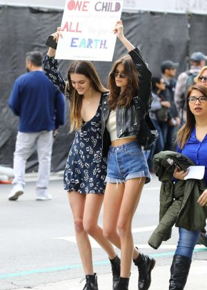 Kaia Gerber and Charlotte Lawrence - March at the anti-gun 'March For Our Lives' in LA
