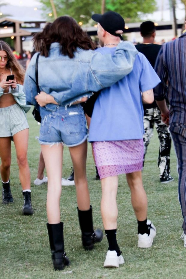 Kaia Gerber and Wellington Grant at Coachella Valley Music and Arts Festival -07
