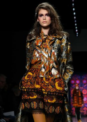 Kaia Gerber - Anna Sui Show Runway 2018 in NY