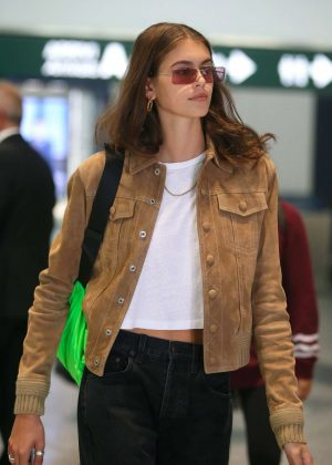 Kaia Gerber - Arrives in Milan