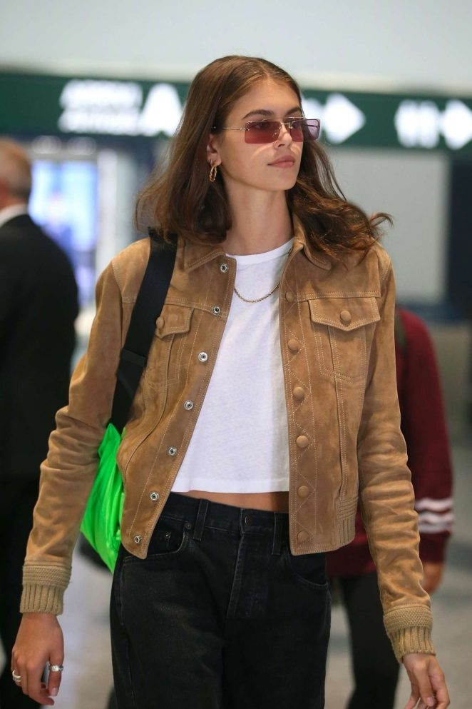 Kaia Gerber - Arrives in Milan