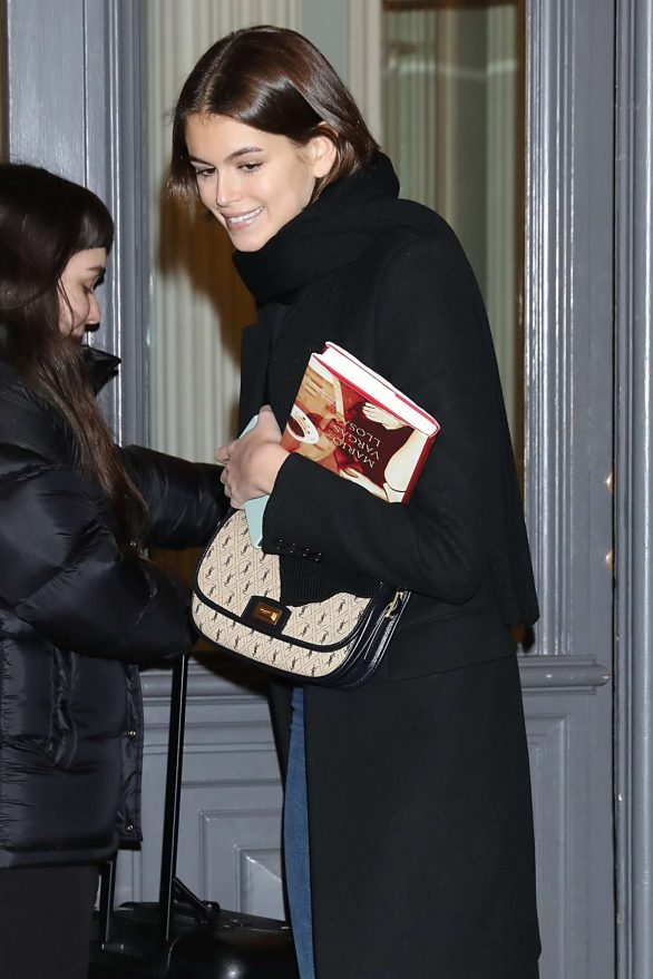 Kaia Gerber - Arriving at Valentino Fitting During Haute Couture Show in Paris