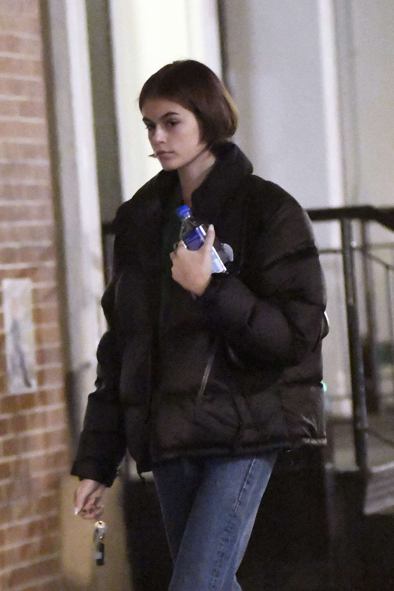 Kaia Gerber - Arriving back at her apartment in New York