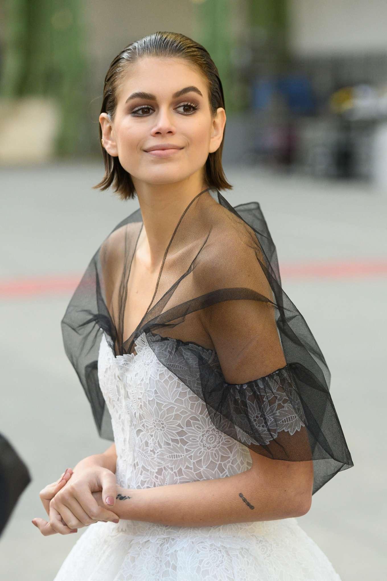 Kaia Gerber 2020 : Kaia Gerber – Chanel Haute Couture Backstage Show in Paris-06