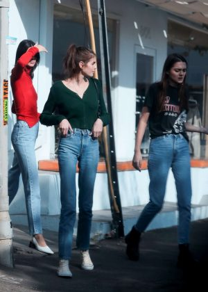 Kaia Gerber, Charlotte Lawrence and Kendall Jenner - Out in West Hollywood