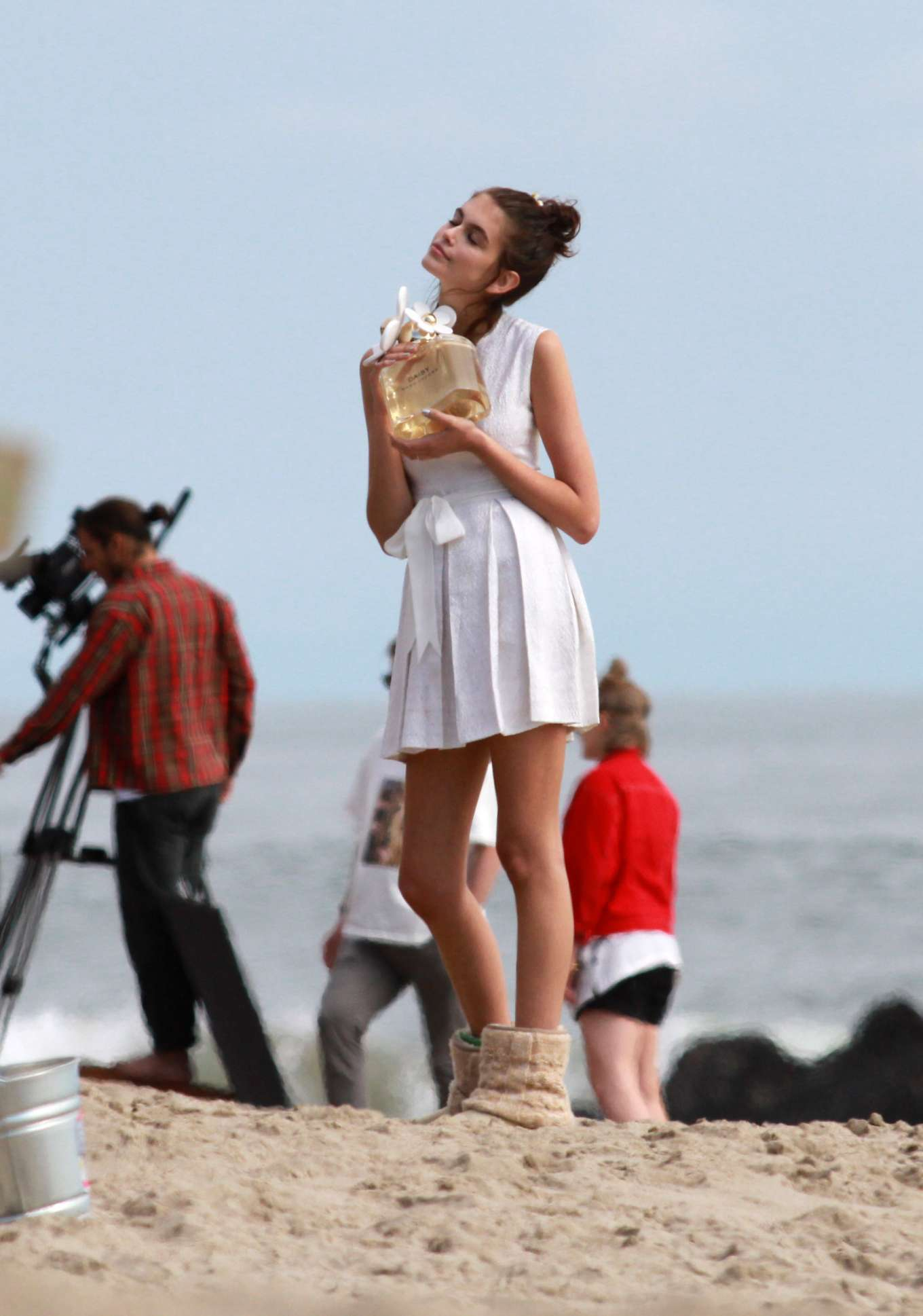 Kaia Gerber - Filming a new add campaign for Marc Jacobs daisy perfume in Malibu