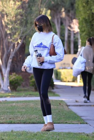 Kaia Gerber - morning workout in Los Angeles