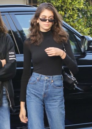 Kaia Gerber out for dinner at Giorgio Baldi in Pacific Palisades