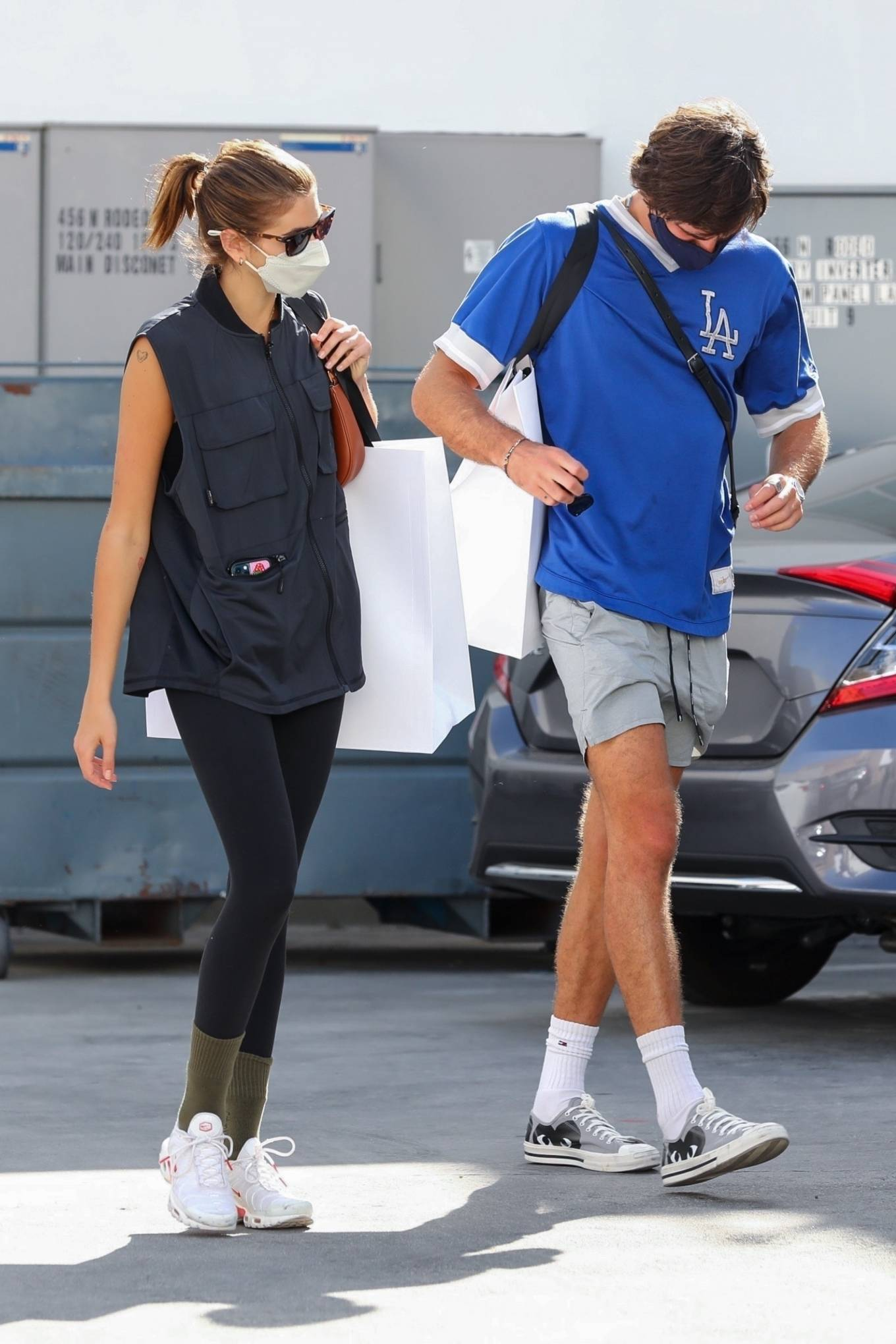 Kaia Gerber 2021 : Kaia Gerber – Out with Jacob Elordi for a shopping at Celine in Beverly Hills-02