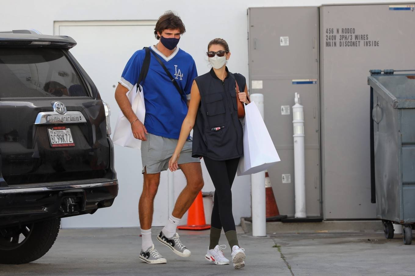 Kaia Gerber 2021 : Kaia Gerber – Out with Jacob Elordi for a shopping at Celine in Beverly Hills-06