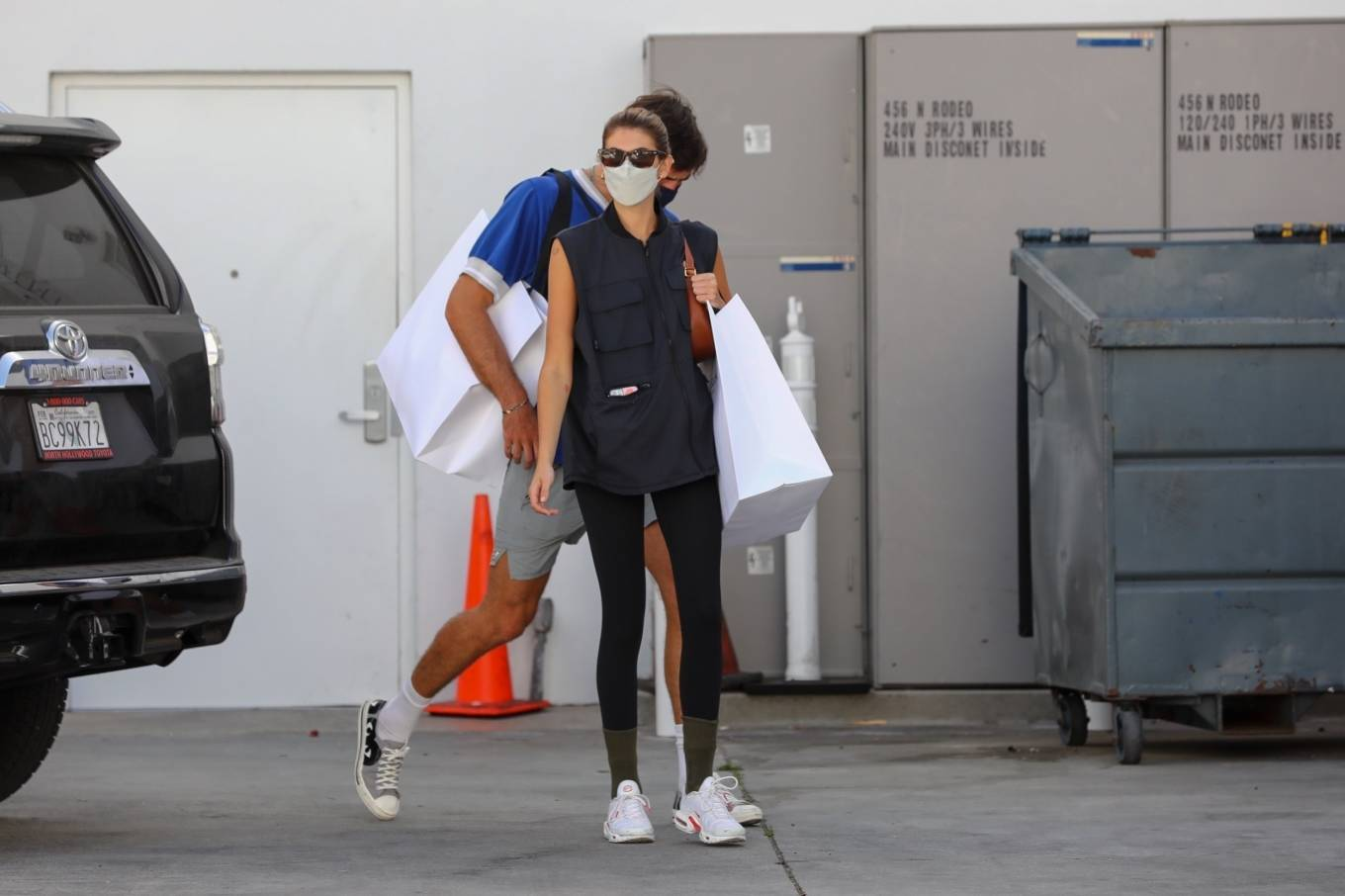 Kaia Gerber 2021 : Kaia Gerber – Out with Jacob Elordi for a shopping at Celine in Beverly Hills-07