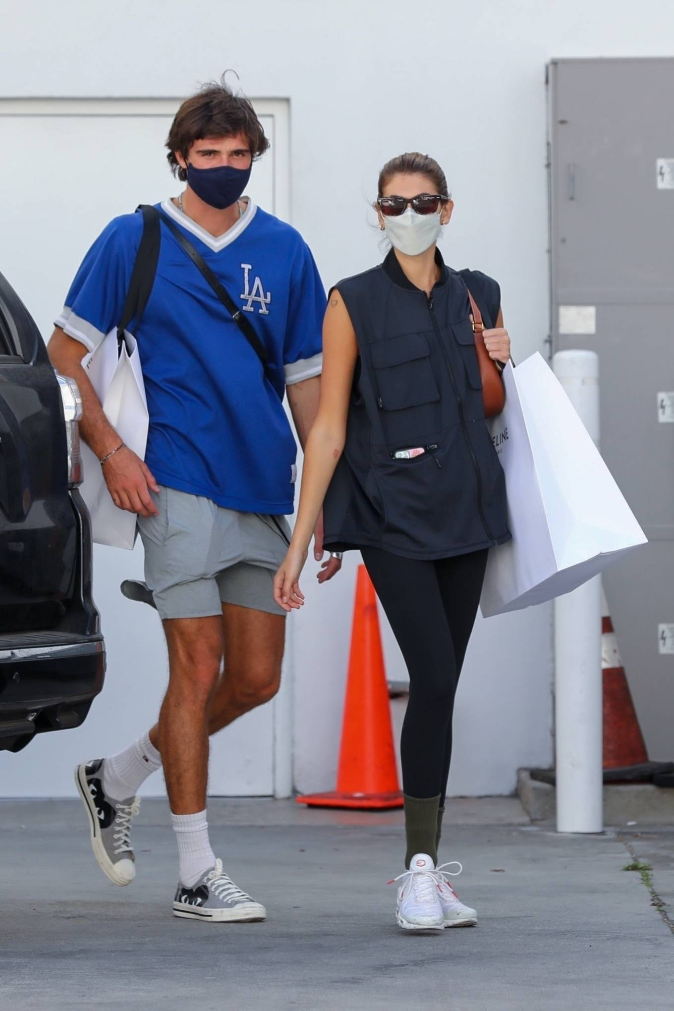 Kaia Gerber 2021 : Kaia Gerber – Out with Jacob Elordi for a shopping at Celine in Beverly Hills-09