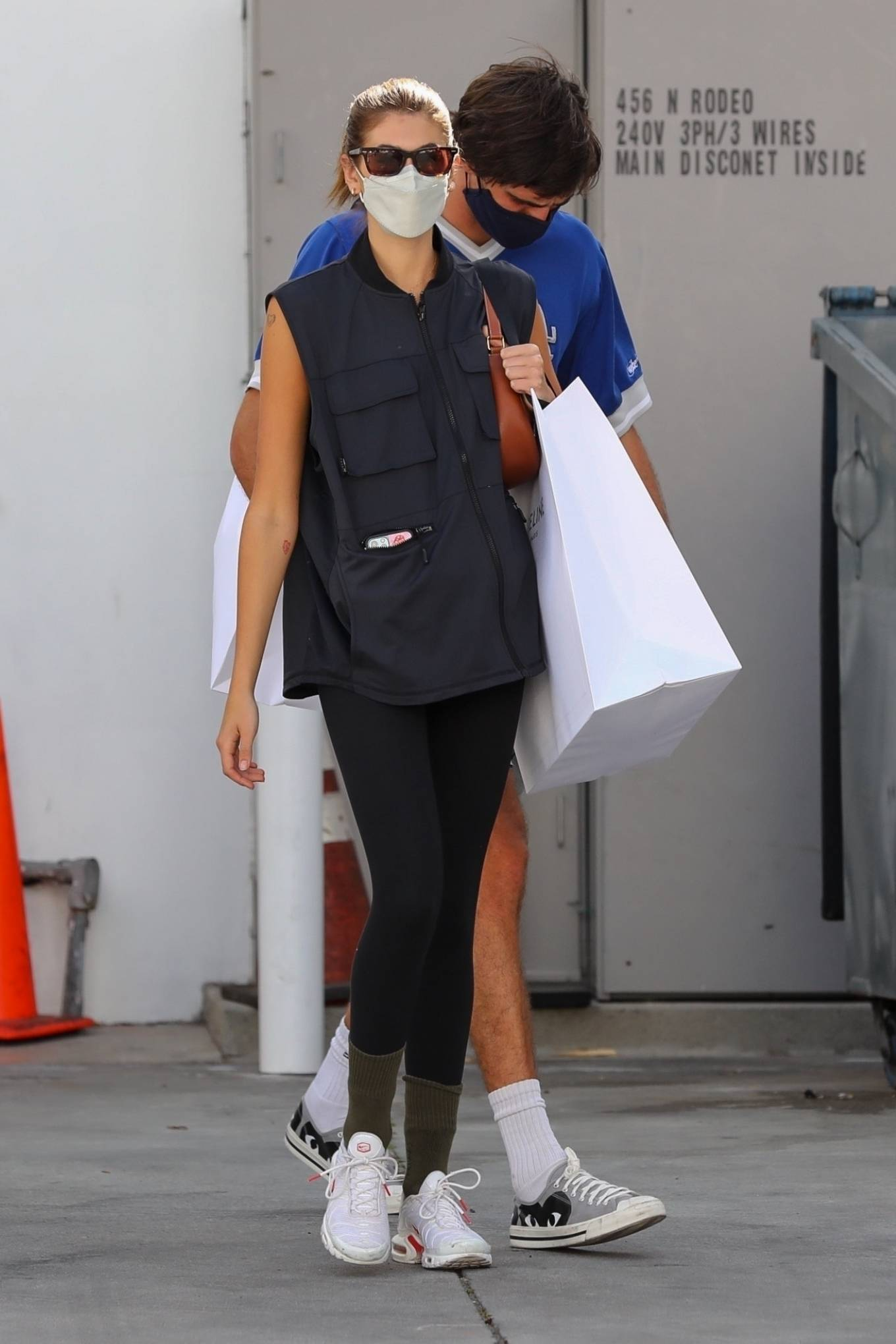 Kaia Gerber 2021 : Kaia Gerber – Out with Jacob Elordi for a shopping at Celine in Beverly Hills-12