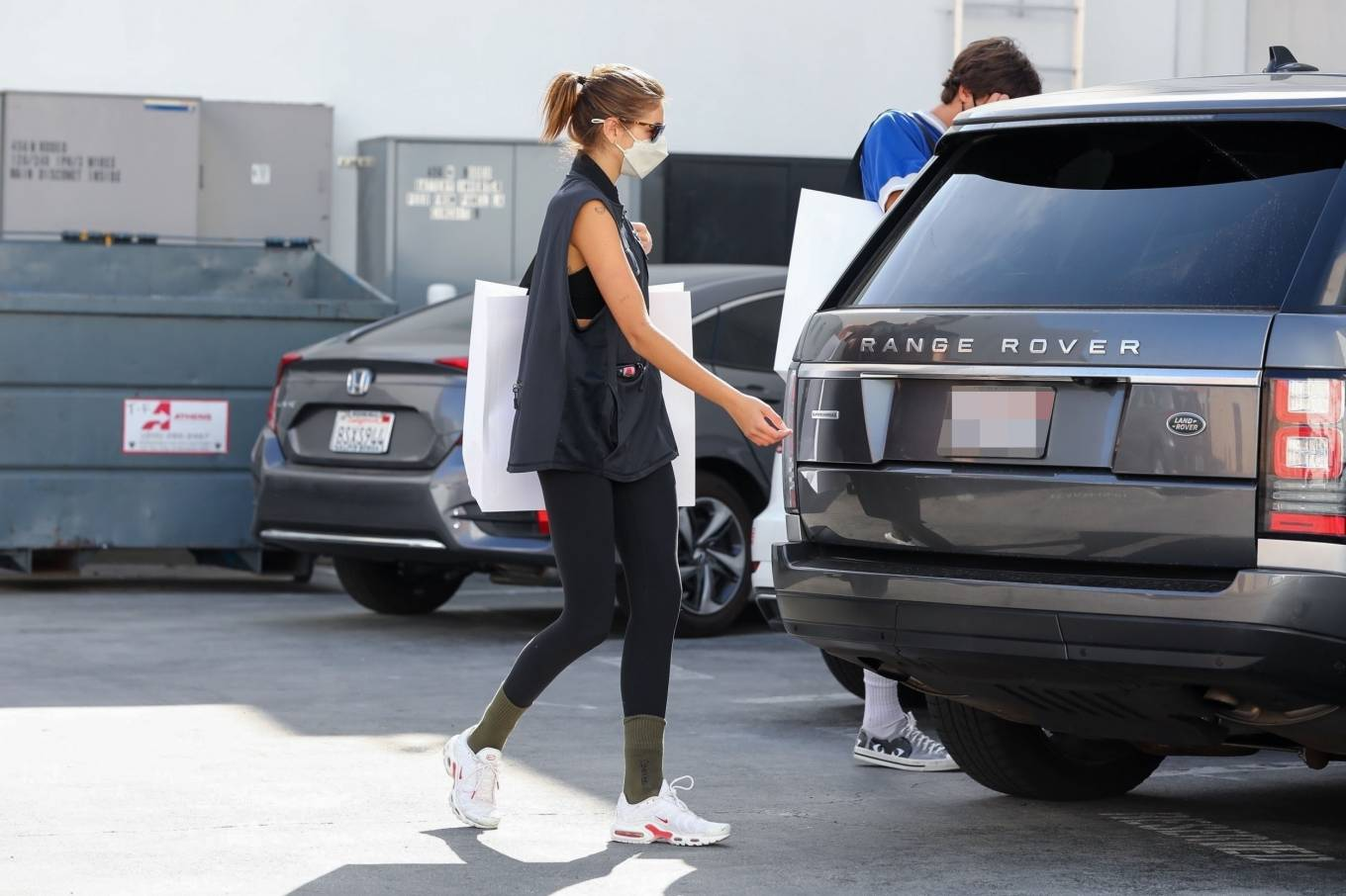 Kaia Gerber 2021 : Kaia Gerber – Out with Jacob Elordi for a shopping at Celine in Beverly Hills-17