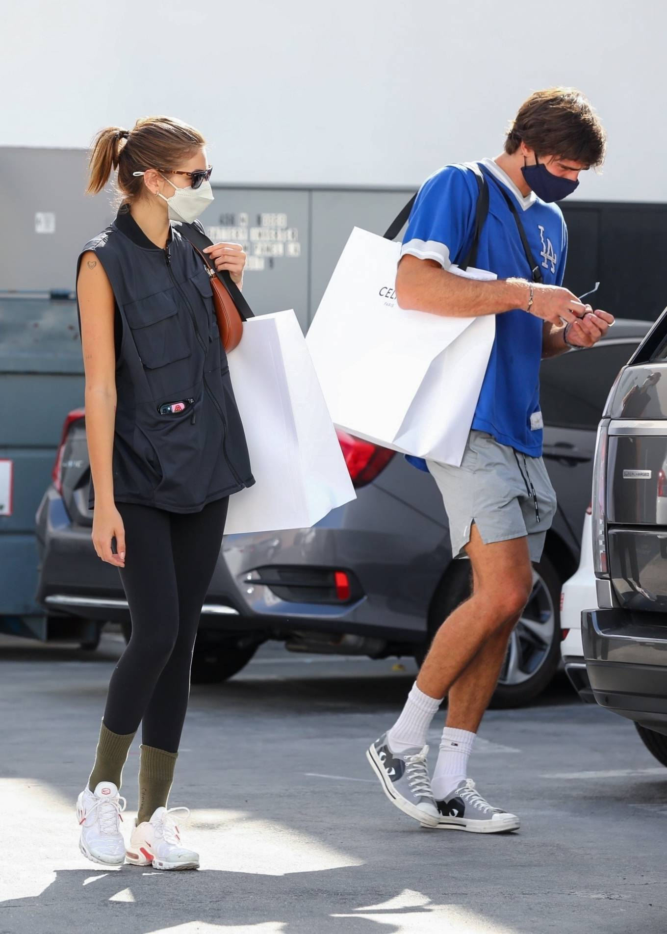 Kaia Gerber 2021 : Kaia Gerber – Out with Jacob Elordi for a shopping at Celine in Beverly Hills-22