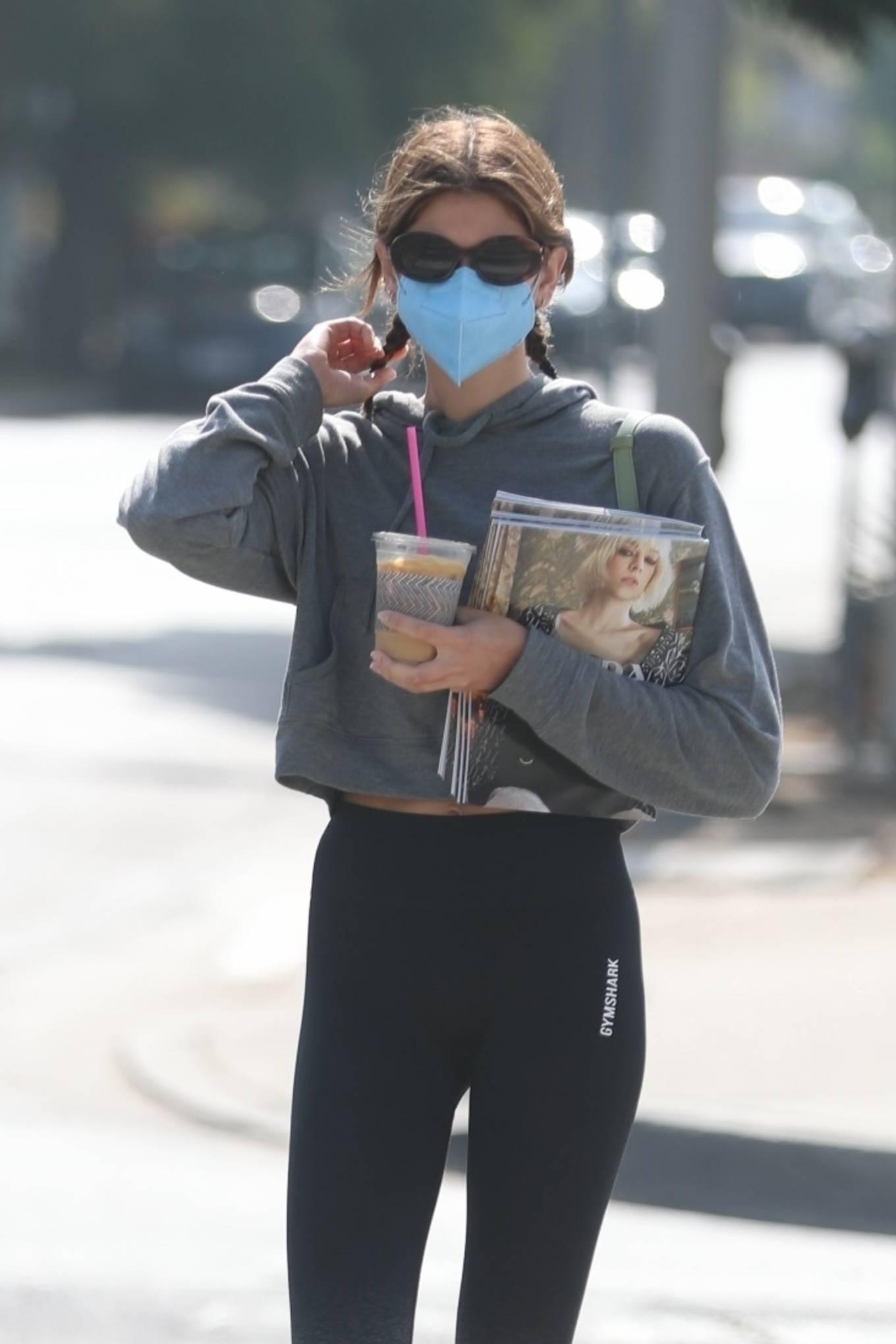 Kaia Gerber 2021 : Kaia Gerber – picks up coffee in West Hollywood-12