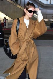 Kaia Gerber - Returns to LA after Paris fashion week