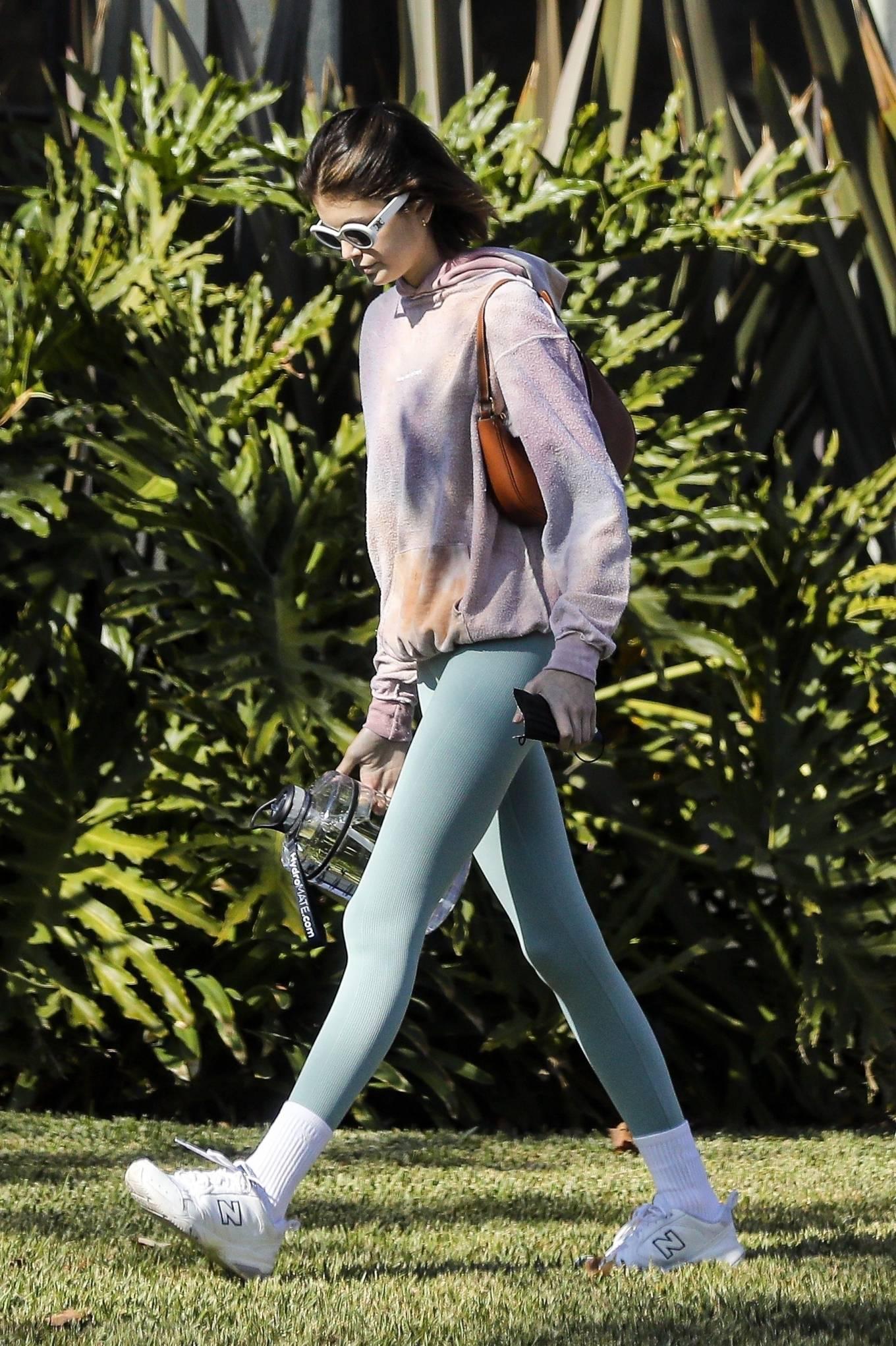 Kaia Gerber 2020 : Kaia Gerber – Seen walking her dog in Santa Monica-03