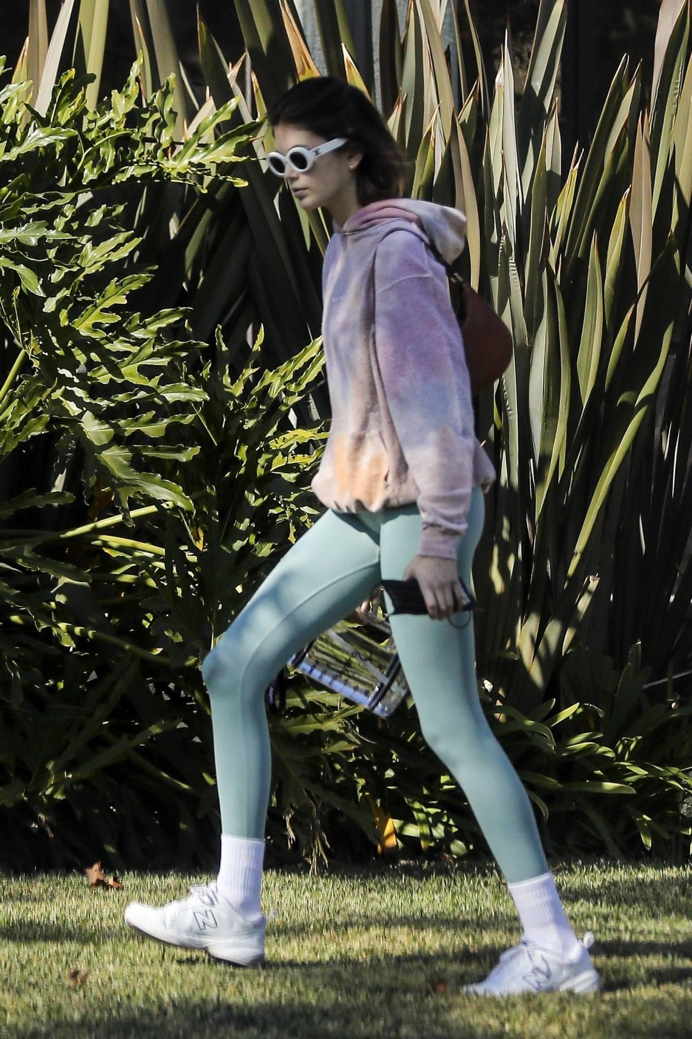 Kaia Gerber 2020 : Kaia Gerber – Seen walking her dog in Santa Monica-18