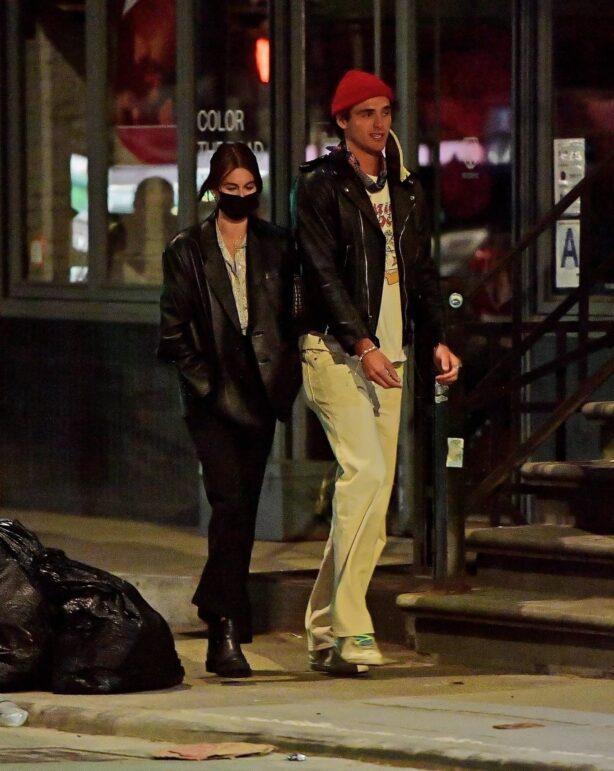 Kaia Gerber - Seen with boyfriend Jacob Elordi in Los Angeles
