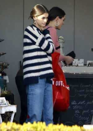 Kaia Gerber - Shopping at Urban Outfitters in Malibu