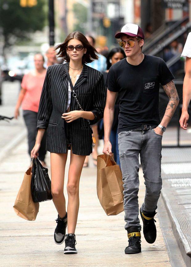 Kaia Gerber: Shopping in New York City-05