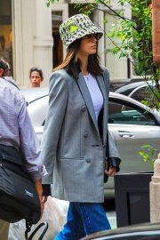 Kaia Gerber - Shopping in NYC