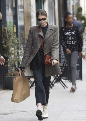 Kaia Gerber - Shopping in Paris