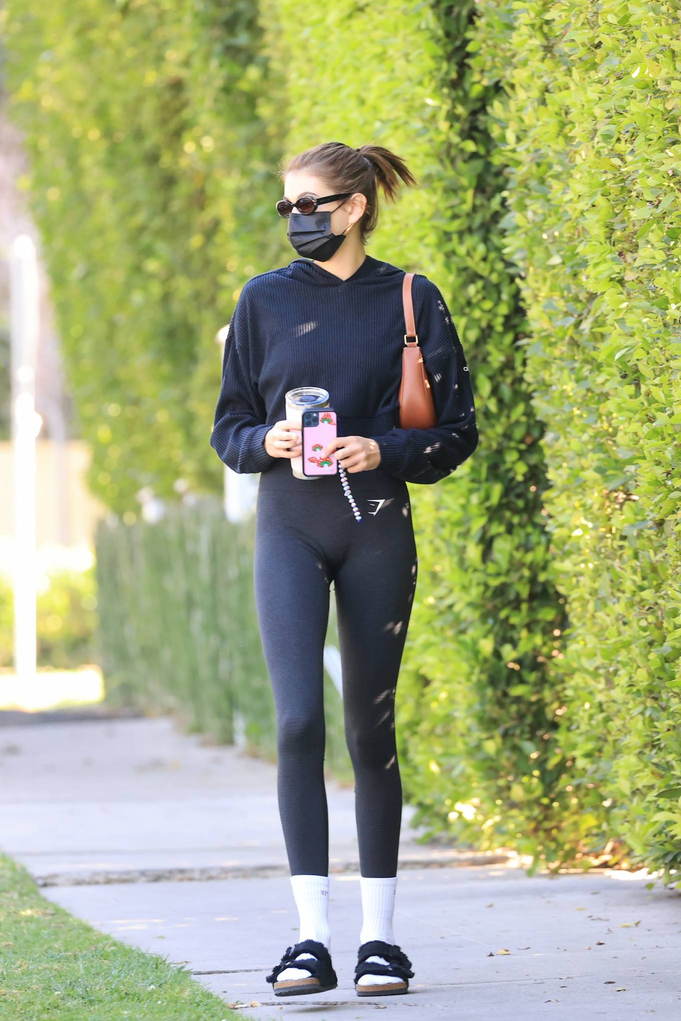 Kaia Gerber - Steps out for pilates in Los Angeles