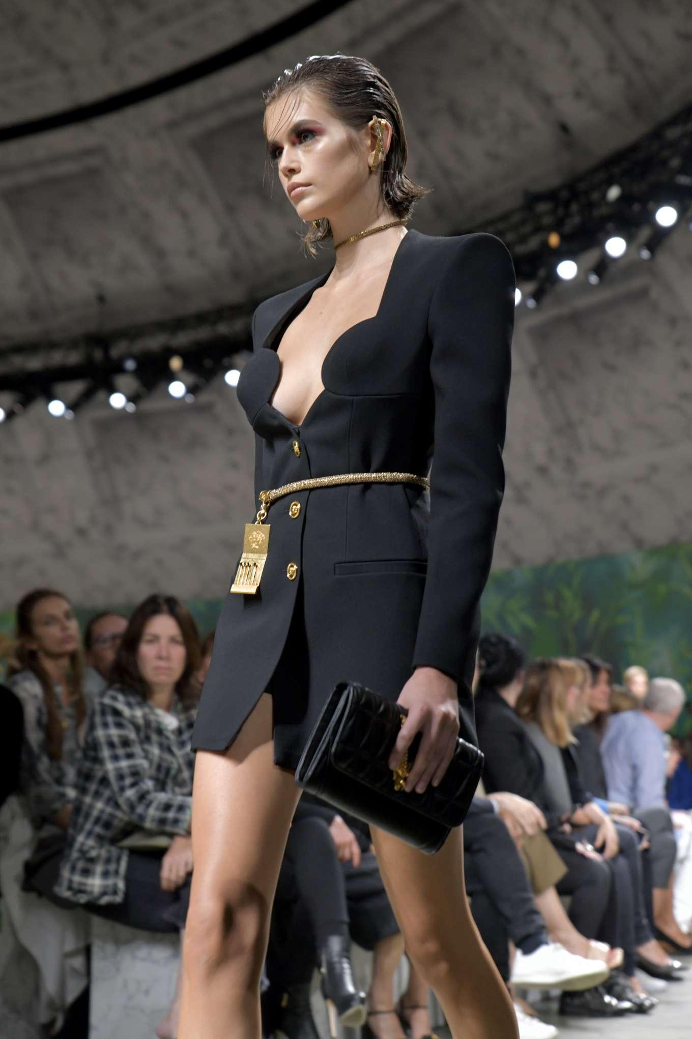 Kaia Gerber - Versace Runway Show SS 2020 at Milan Fashion Week