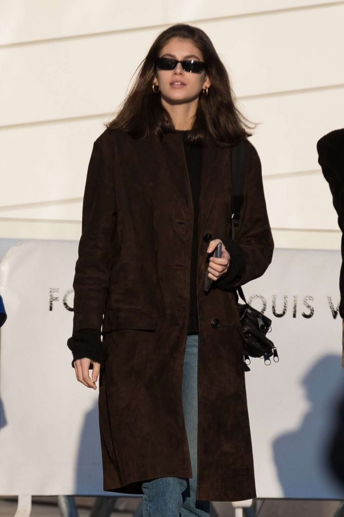 Kaia Gerber - Visits the Louis Vuitton Foundation in Paris