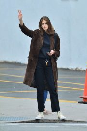 Kaia Gerber waves down a cab in SoHo, NYC