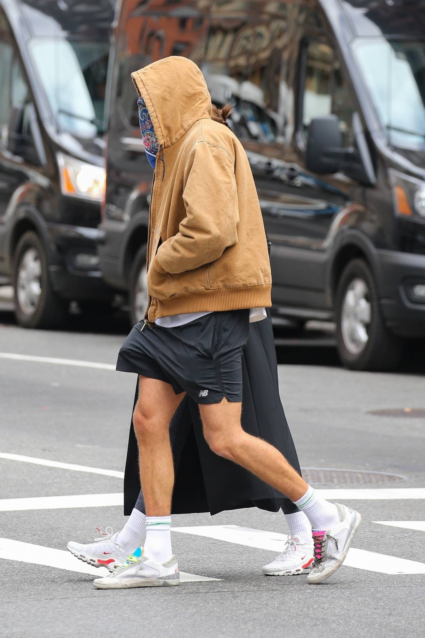 Kaia Gerber - With Jacob Elordi taking a stroll in New York