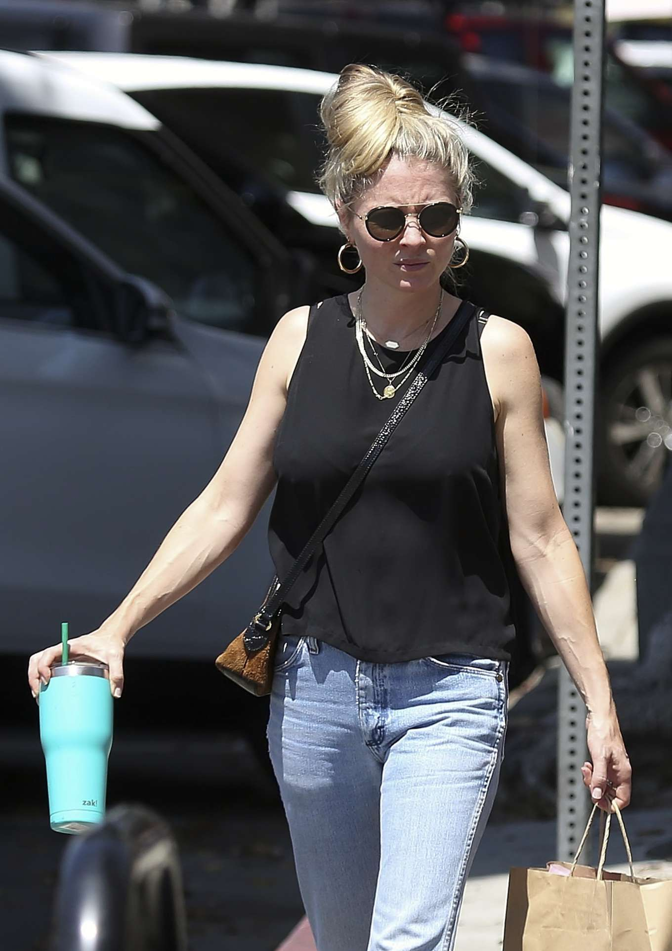 Kaitlin Doubleday - Shopping candids in LA