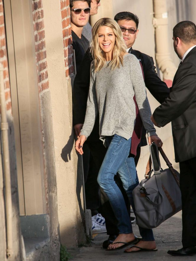 Kaitlin Olson: Arriving at Jimmy Kimmel Live -02