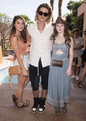 Kaitlyn Dever: Just Jared Coachella Festival Party -02