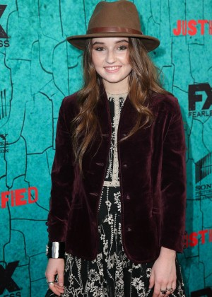 Kaitlyn Dever - 'Justified' Series Finale Premiere in Hollywood