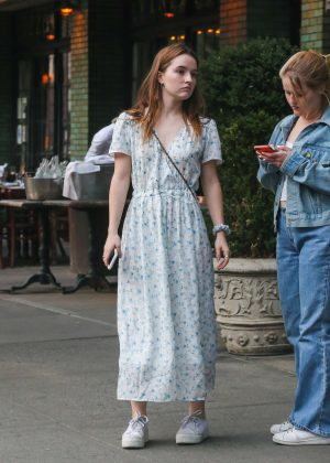 Kaitlyn Dever - Waiting for a Taxi in New York City