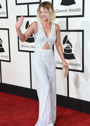 Kaley Cuoco: 2016 GRAMMY Awards -01