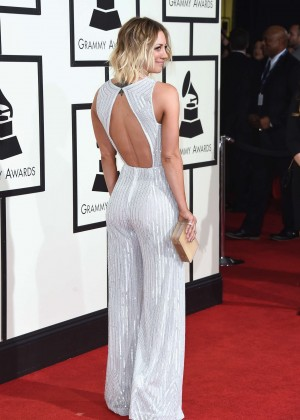 Kaley Cuoco: 2016 GRAMMY Awards -12