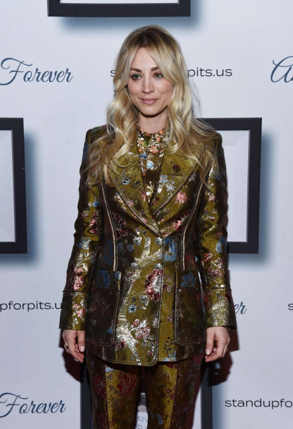Kaley Cuoco - 9th Annual Stand Up For Pits in Los Angeles