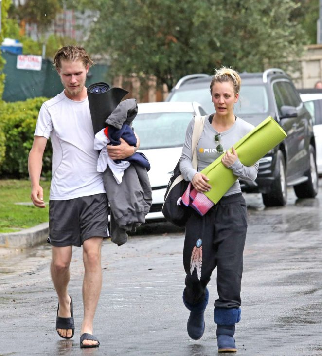 Kaley Cuoco and boyfriend Karl Cook Leaves yoga class -04
