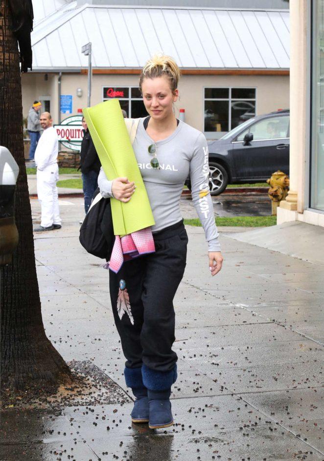 Kaley Cuoco and boyfriend Karl Cook Leaves yoga class -06