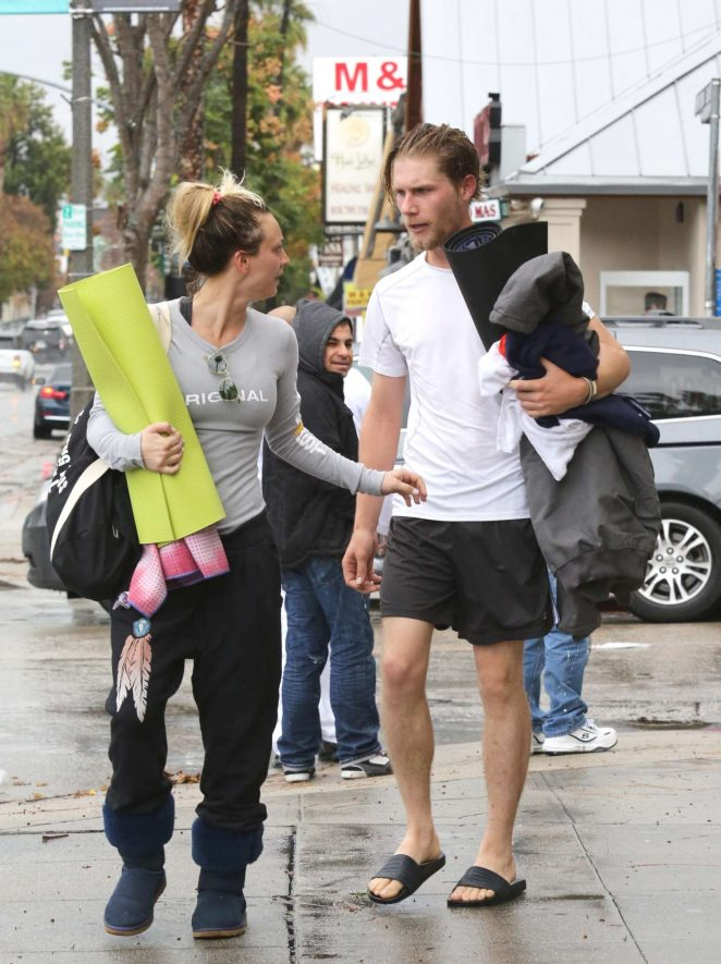 Kaley Cuoco and boyfriend Karl Cook Leaves yoga class -14