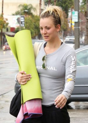 Kaley Cuoco and boyfriend Karl Cook Leaves yoga class together in Studio City